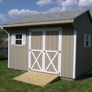 10x12 Quaker With Painted T1-11 Siding